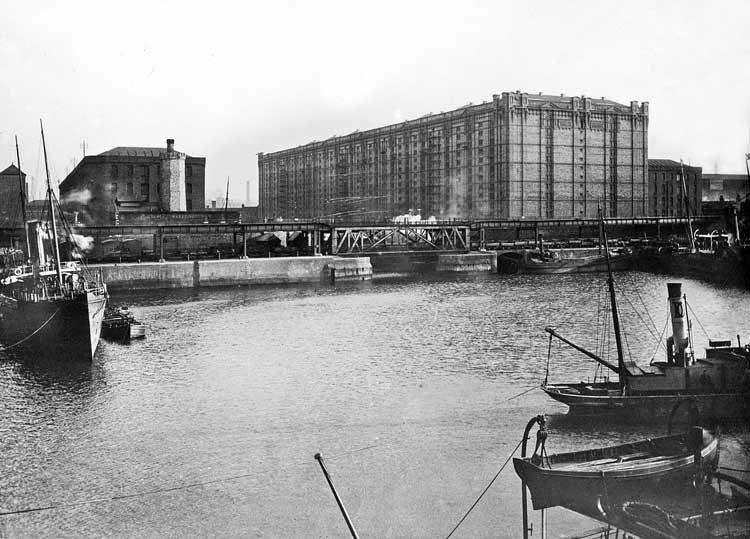 Albert Dock 1920