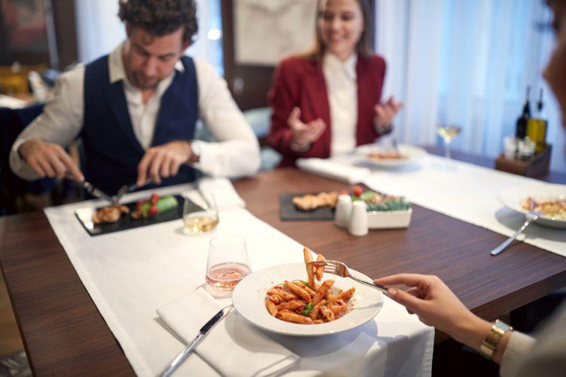 restaurants-for-a-business-meeting